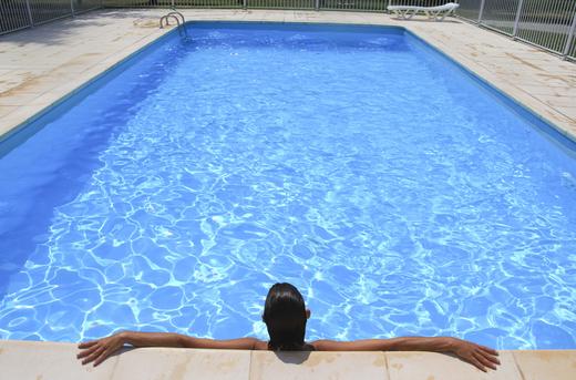 Kompletní realizace bazénu a zastřešení
